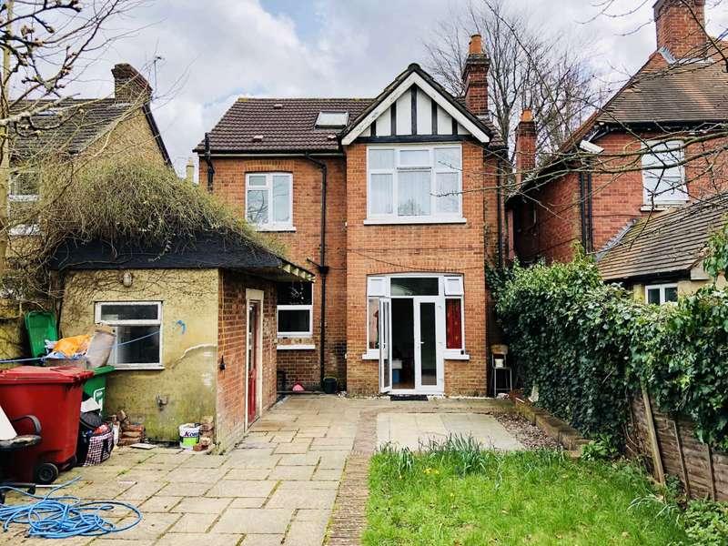 4 Bedrooms Detached House for rent in Uxbridge Road, Slough