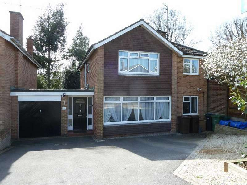 4 Bedrooms Link Detached House for sale in Churchill Crescent, Sonning Common, Sonning Common Reading