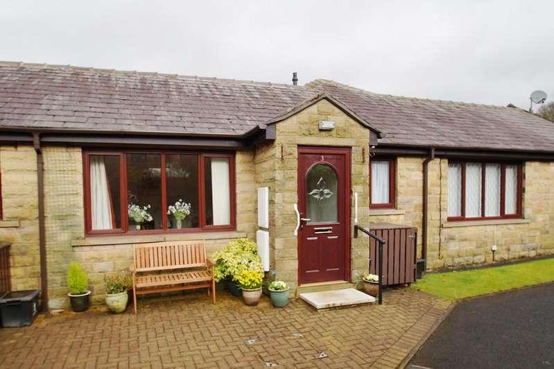 2 Bedrooms Terraced House for sale in Kinders Mews, Greenfield OL3