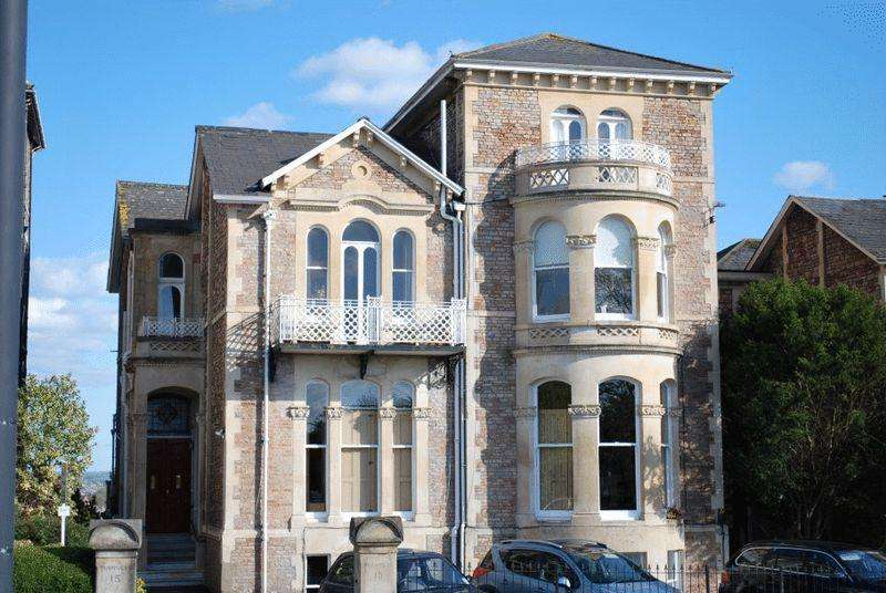 2 Bedrooms Apartment Flat for sale in Upper Belgrave Road, Clifton