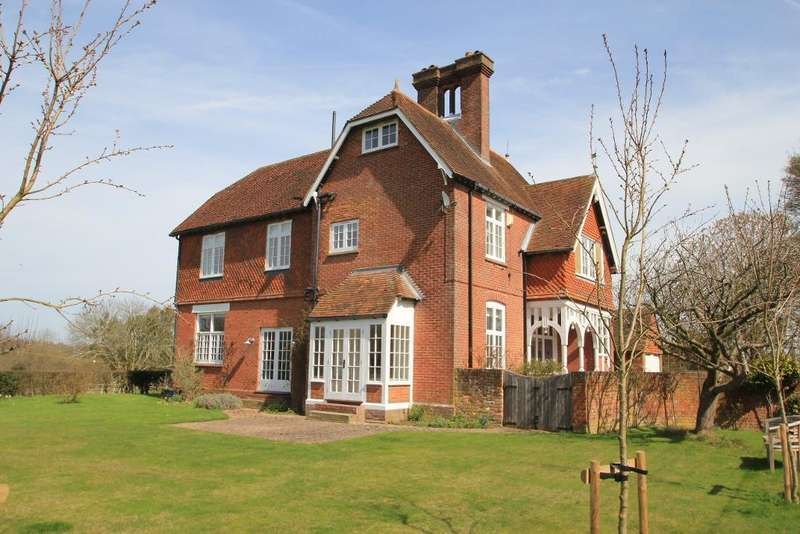 6 Bedrooms Detached House for sale in Freight Lane, Cranbrook, Kent, TN17 3PF