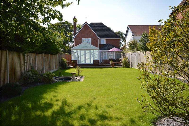 4 Bedrooms Detached House for sale in Frankby Road, West Kirby