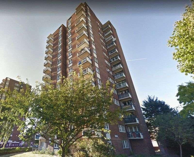 1 Bedroom Property for sale in Studland, Portland Street, Southwark, London, SE17 2TW