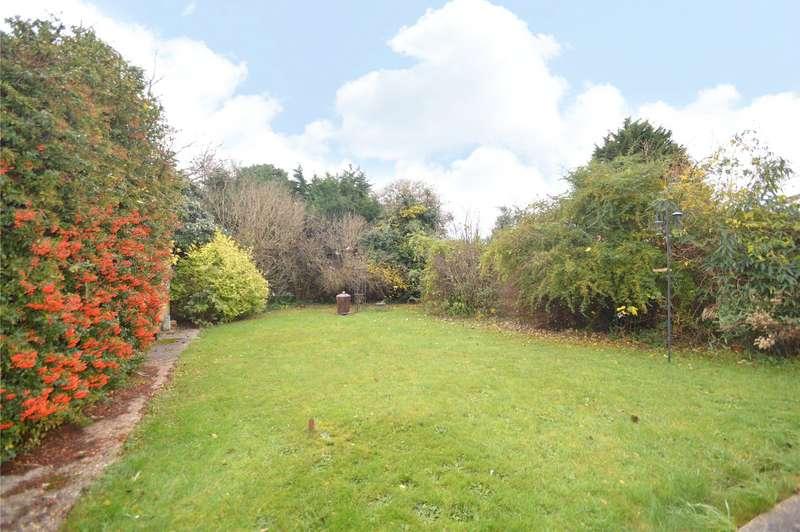 2 Bedrooms Detached Bungalow for sale in Moor Lane, Maidenhead, Berkshire, SL6