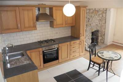 2 Bedrooms Cottage House for rent in Gough Road, Ystalyfera
