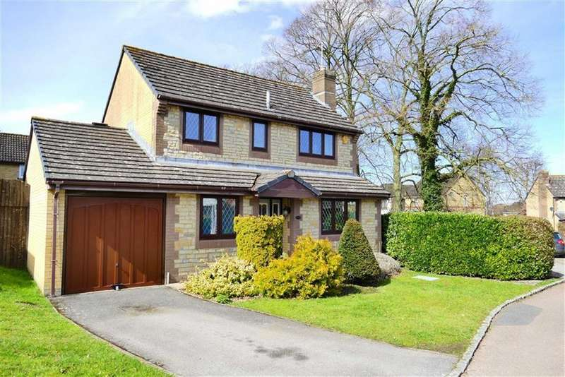 4 Bedrooms Detached House for sale in Maple Close, Calne