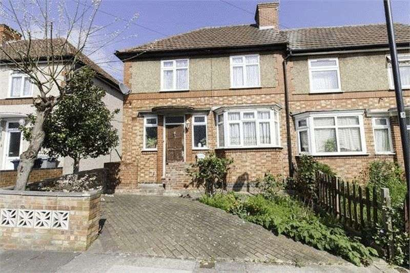 3 Bedrooms Property for sale in Norwood Avenue, Wembley