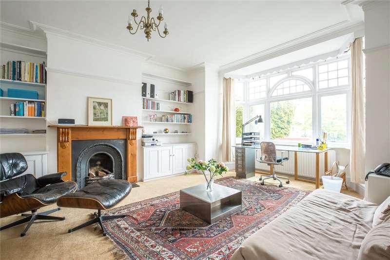 4 Bedrooms Semi Detached House for sale in Bedford Avenue, High Barnet, Hertfordshire, EN5
