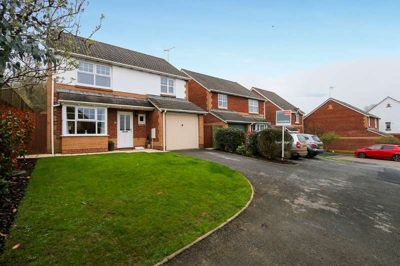 4 Bedrooms Detached House for sale in St Marys Close, Chudleigh