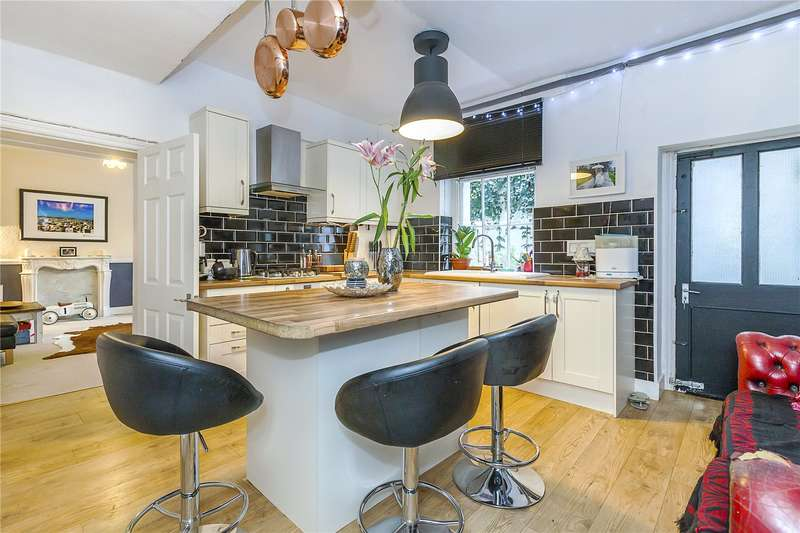 2 Bedrooms Flat for sale in Montpelier Row, London, SE3