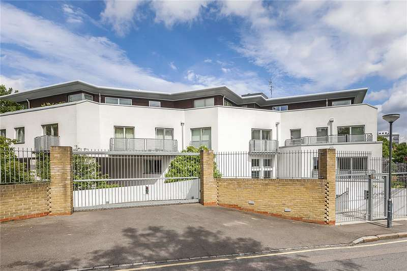 2 Bedrooms Flat for sale in Cityview, Lansdowne Lane, London, SE7