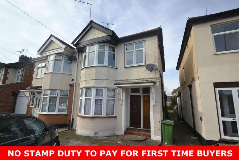 1 Bedroom Maisonette Flat for sale in Chase Cross Road, Collier Row