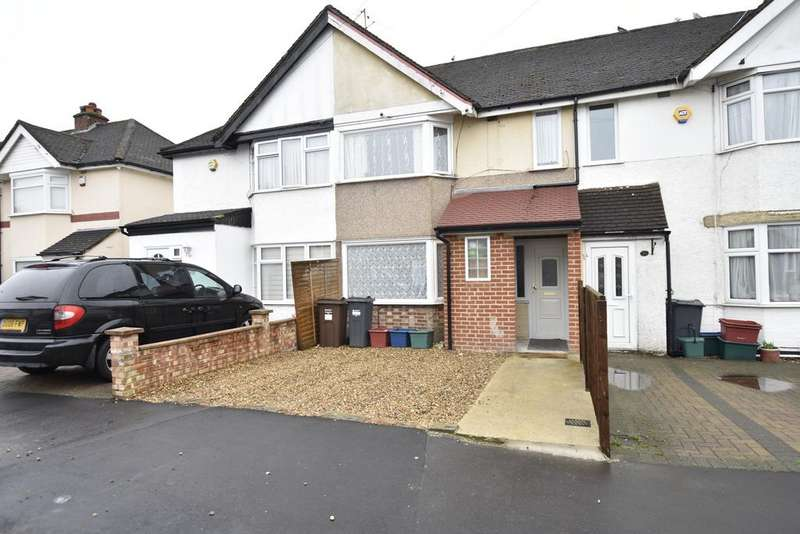 3 Bedrooms Terraced House for sale in Ellington Road, Feltham