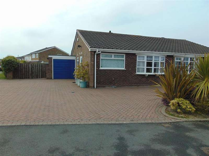 2 Bedrooms Semi Detached Bungalow for sale in Greenwood Park, Aldridge, Walsall