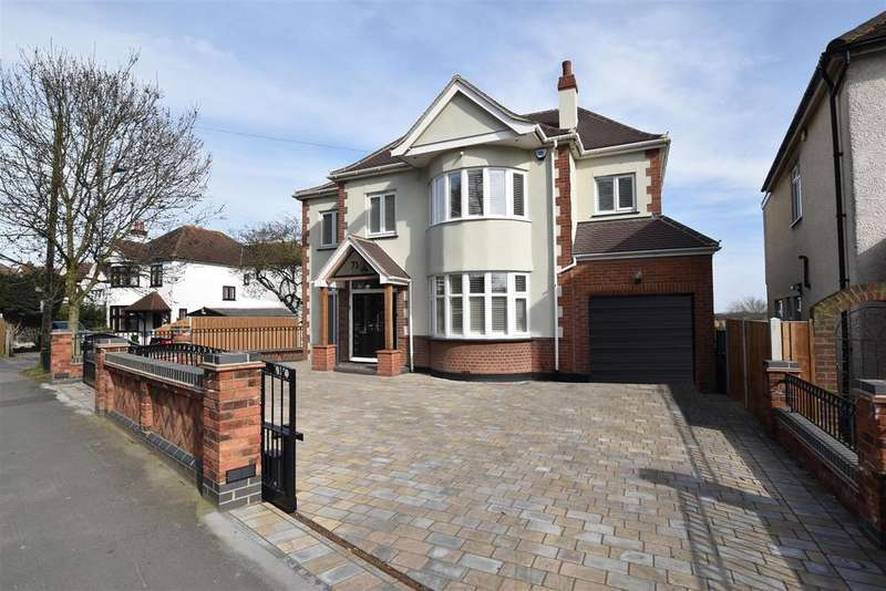 4 Bedrooms Detached House for sale in High Road, Rayleigh