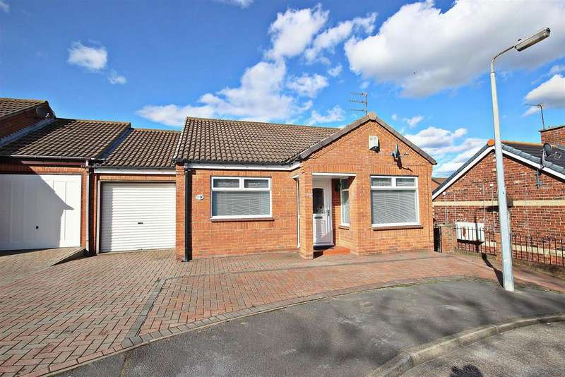 2 Bedrooms Semi Detached Bungalow for sale in Elvet Green, Chester Le Street