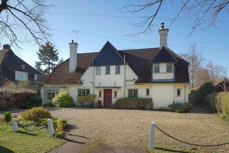 4 Bedrooms Detached House for sale in Bentley Road, Cambridge