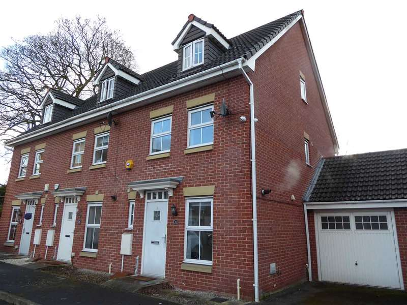 3 Bedrooms Town House for sale in Edgecote Close, Sharston, Manchester
