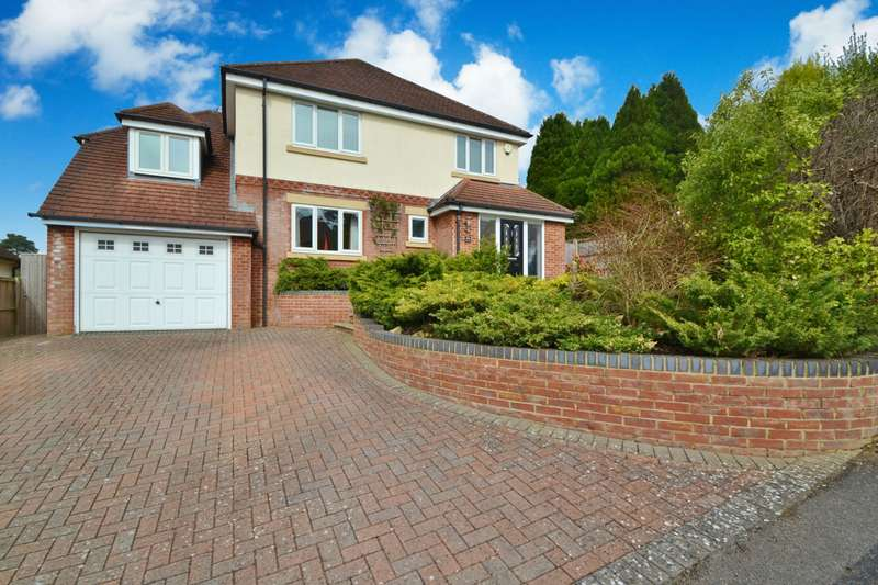 5 Bedrooms Detached House for sale in Bassett
