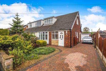 3 Bedrooms Bungalow for sale in Hawkswood, Eccleston, Chorley, Lancashire, PR7
