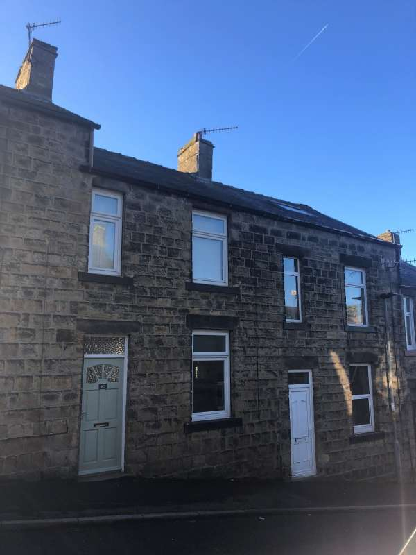 2 Bedrooms Terraced House for sale in George Street, Skipton