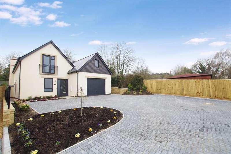 4 Bedrooms Detached House for sale in The Street, Liddington, Swindon