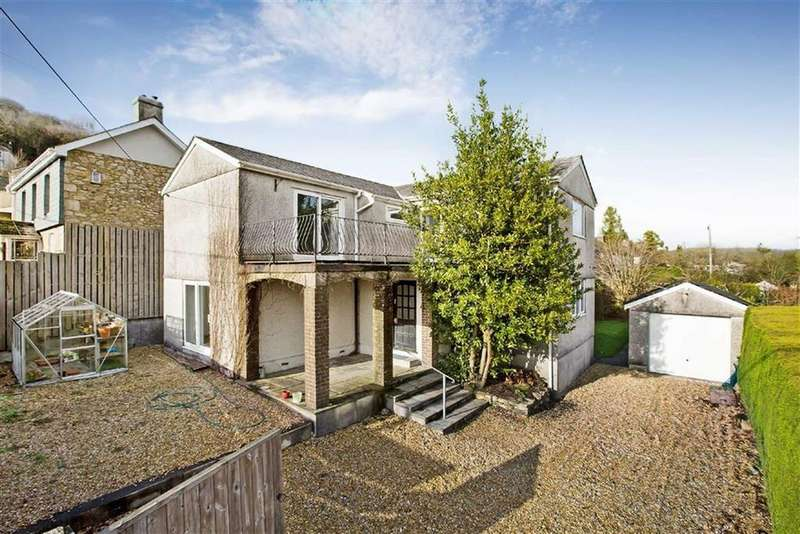 3 Bedrooms Semi Detached House for sale in Kingswood Road, Gunnislake, Cornwall, PL18