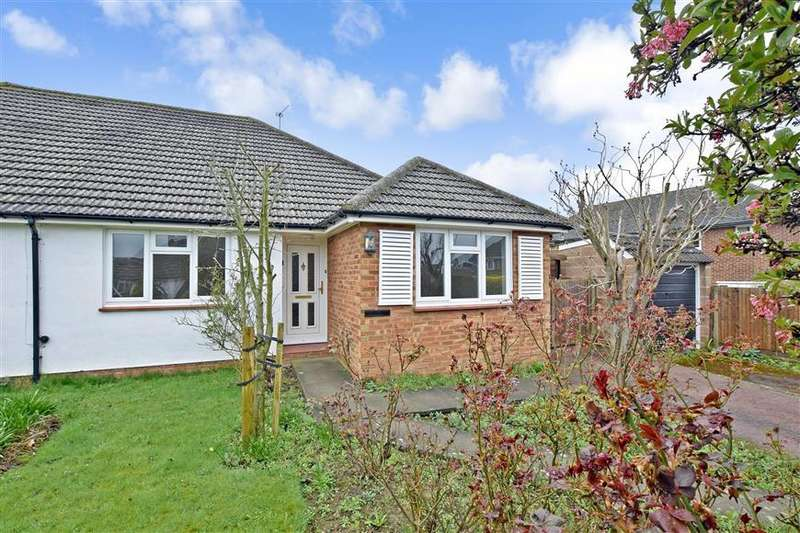 3 Bedrooms Semi Detached House for sale in Penfold Way, Maidstone, Kent
