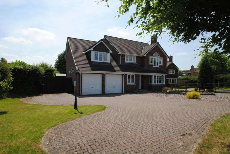 5 Bedrooms Detached House for sale in The Orchards, Landkey