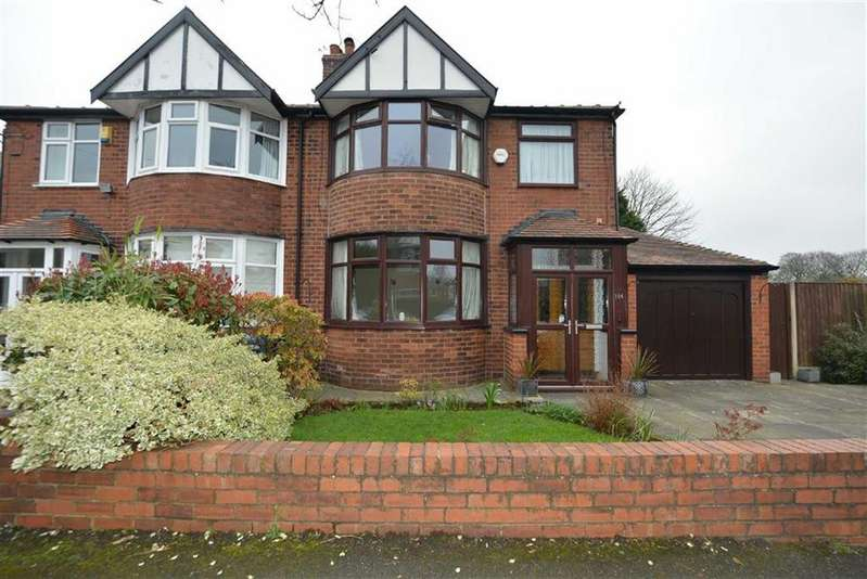 3 Bedrooms Semi Detached House for sale in Cromwell Road, STRETFORD