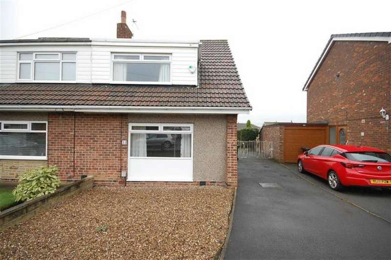 3 Bedrooms Semi Detached House for sale in Uplands Drive, Mirfield, WF14