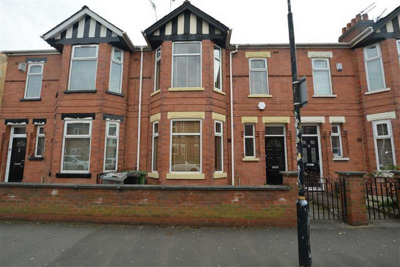 3 Bedrooms Terraced House for sale in Railway Road, STRETFORD