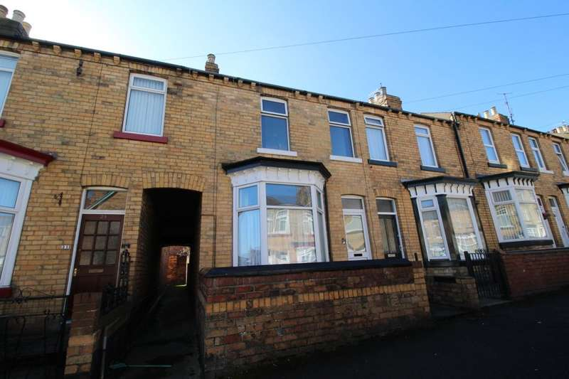2 Bedrooms Terraced House for sale in Livingstone Road, Scarborough, YO12
