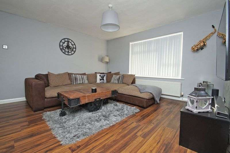 2 Bedrooms Property for sale in Foxwalks Avenue, Bromsgrove