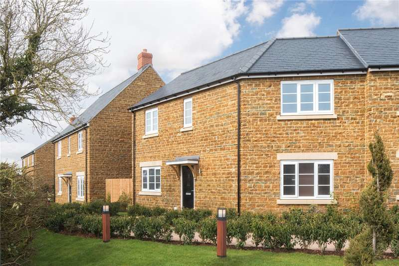 3 Bedrooms Terraced House for sale in The Chacombe, Hayfield Views, Great Bourton, Oxfordshire, OX17