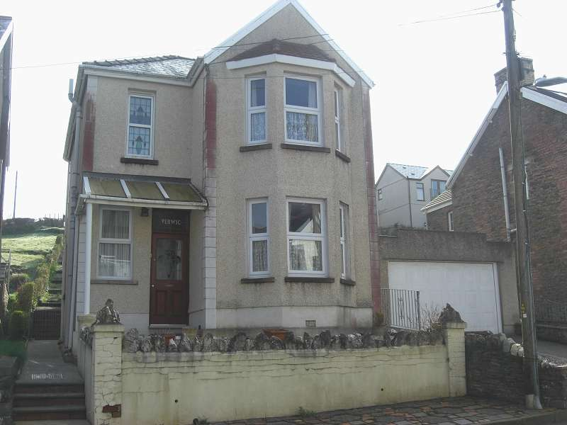 3 Bedrooms Property for sale in 30 Goppa Road, Pontarddulais, Swansea, City And County of Swansea. SA4 8JN