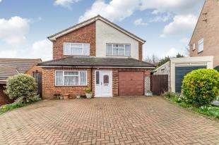4 Bedrooms Detached House for sale in Marden Road, Strood, Kent