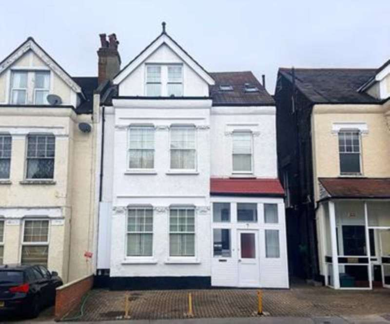 9 Bedrooms House for sale in Woodstock Road, Croydon