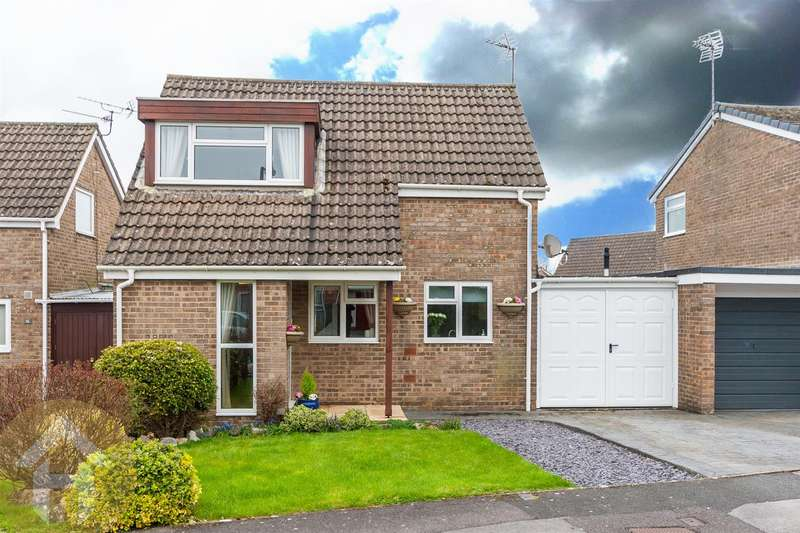 3 Bedrooms Link Detached House for sale in Whitethorn Close, Royal Wootton Bassett