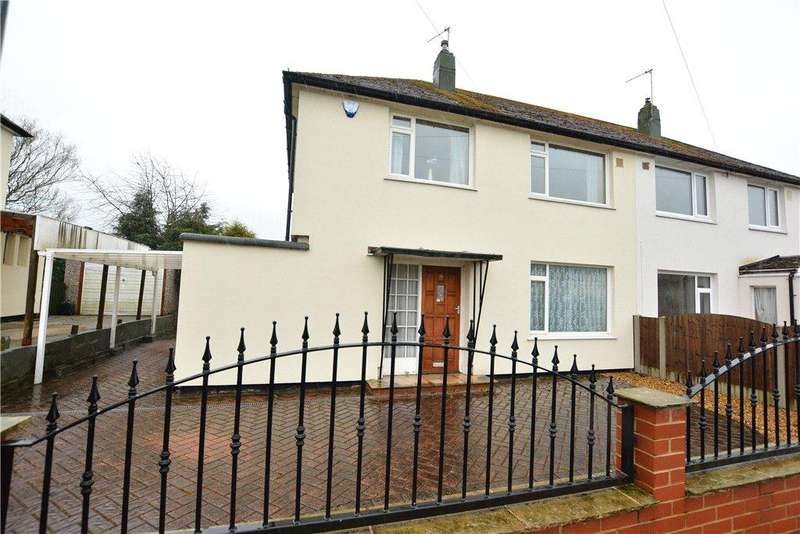 3 Bedrooms Semi Detached House for sale in Tynwald Drive, Leeds, West Yorkshire