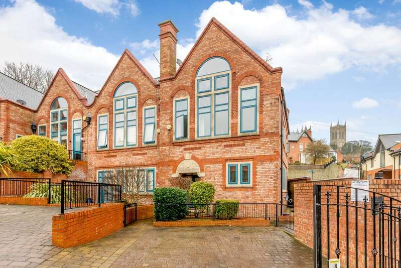 4 Bedrooms Semi Detached House for sale in The Ropery, Lincoln, LN1