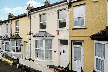 2 Bedrooms Terraced House for rent in Fleet Street, Plymouth, PL2