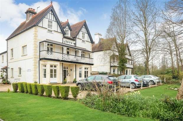 1 Bedroom Flat for sale in Ray Mead Road, Maidenhead, Berkshire