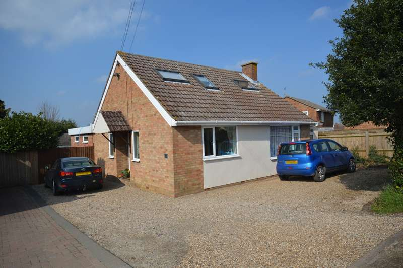 3 Bedrooms Detached Bungalow for sale in Julien Court Road, Braintree, CM7