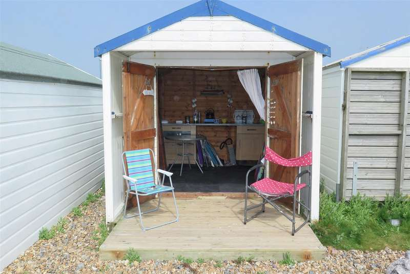 1 Bedroom Property for sale in Beach Green, Shoreham by Sea