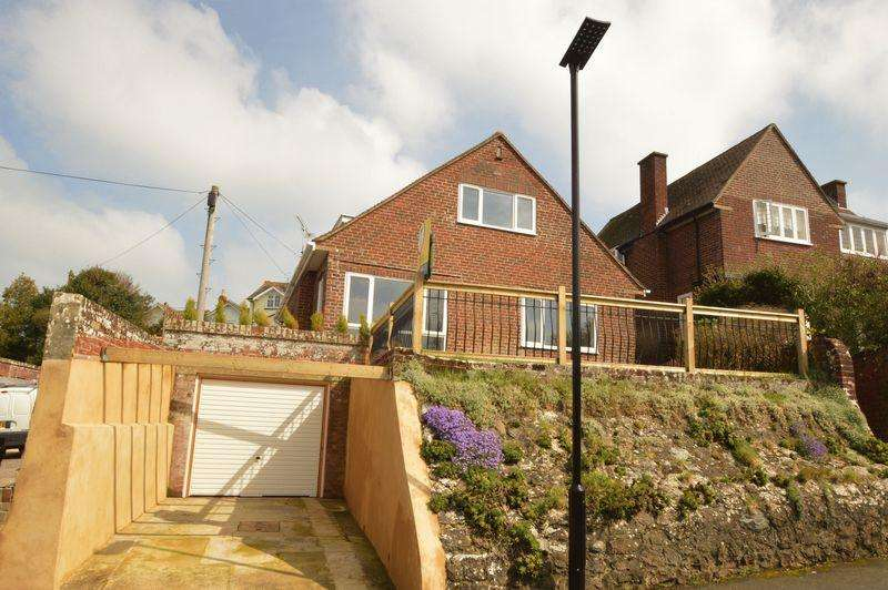 4 Bedrooms Detached House for sale in SANDOWN
