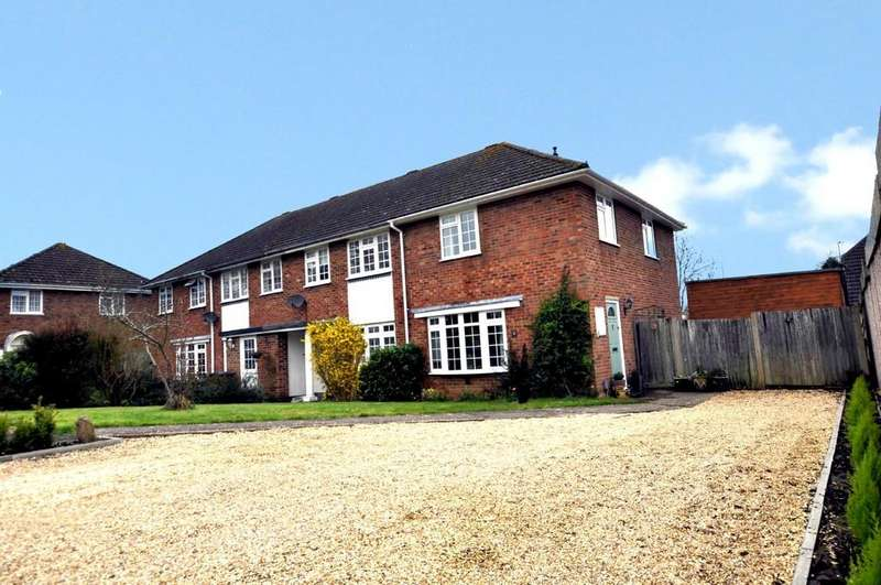 3 Bedrooms End Of Terrace House for sale in Cranstoun Close, Guildford