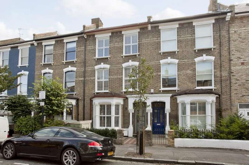 6 Bedrooms Terraced House for sale in Kings Crescent, N4 2SY