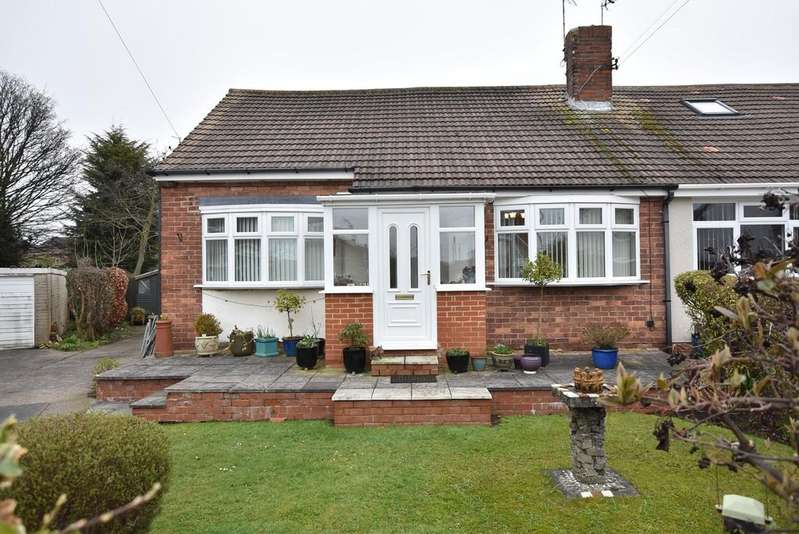 3 Bedrooms Semi Detached Bungalow for sale in Ravensbourne Avenue, East Boldon