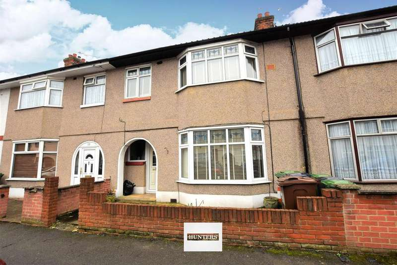 3 Bedrooms Terraced House for sale in Cecil Road, Chadwell Heath, RM6